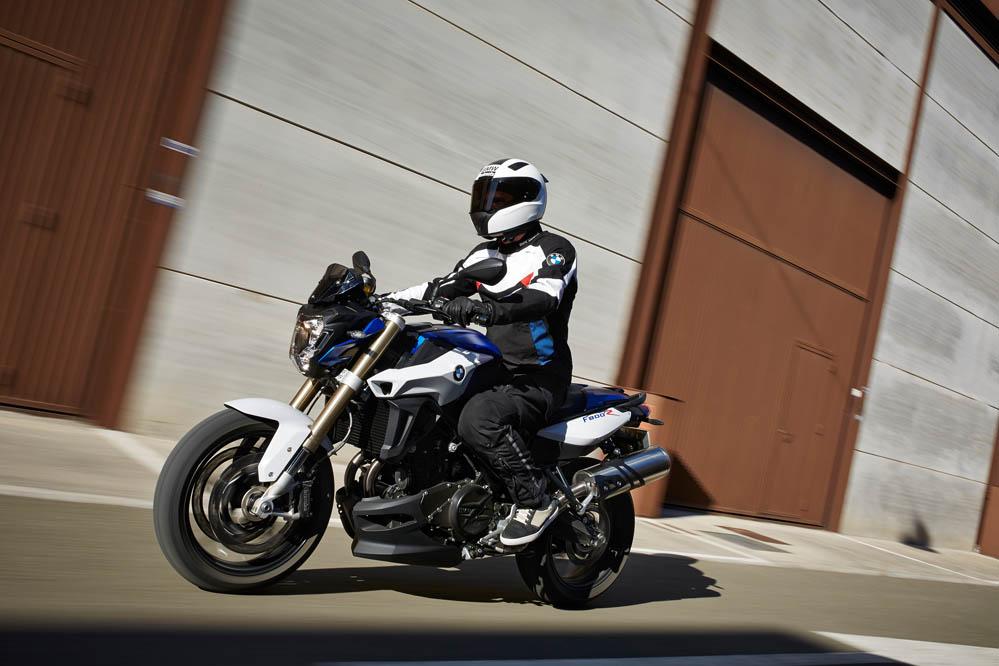 BMW F 800 R 2015. Fotos