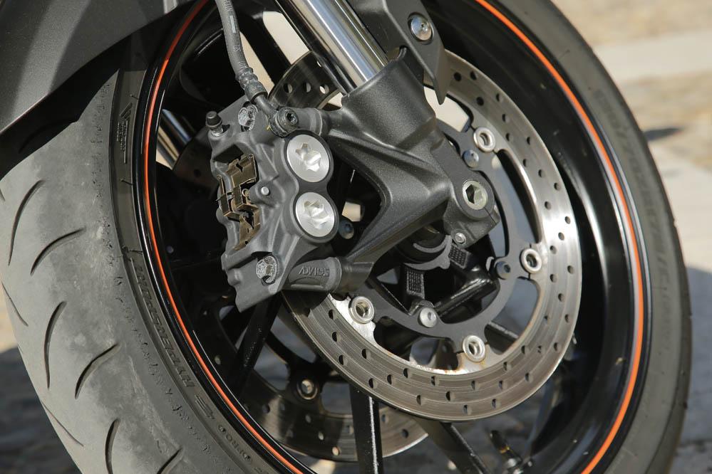 Comparativa MV Agusta Brutale-Yamaha MT-09. Galeria