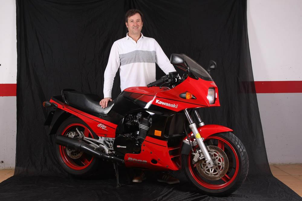 Moto clásica: Kawasaki GPZ900R. Galería
