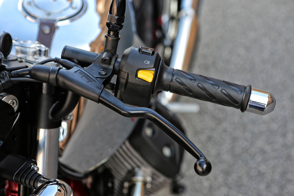 Prueba Moto Guzzi V7 II. Imágenes
