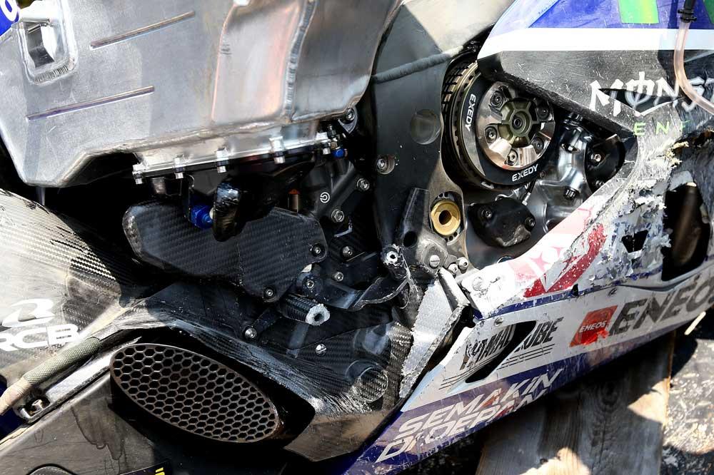 La Yamaha de Lorenzo tras la caída en Sepang