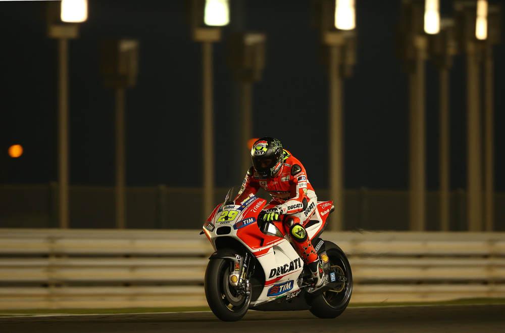 Entrenamientos MotoGP Qatar 2015