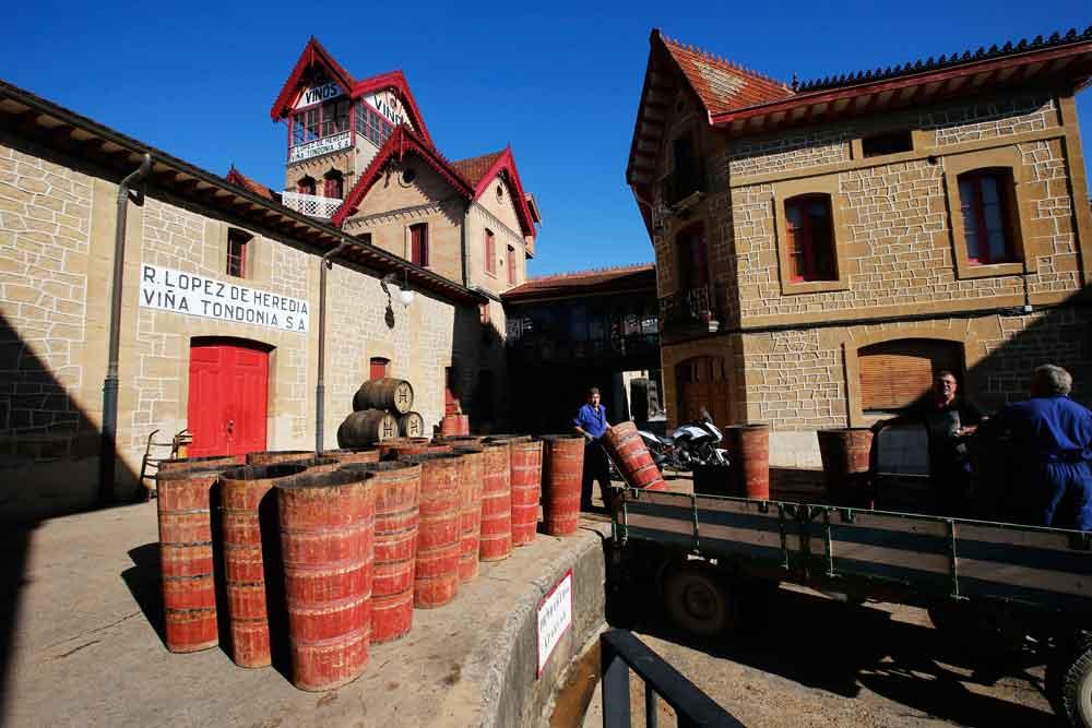 Turismo en moto por La Rioja