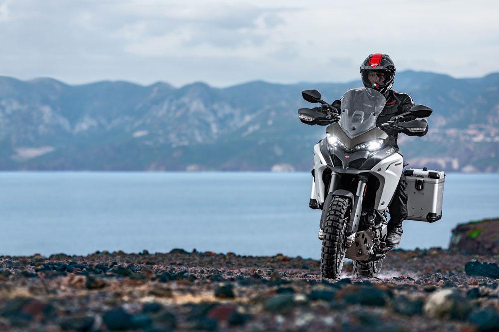 Ducati Multistrada 1200 Enduro 2016. Fotos