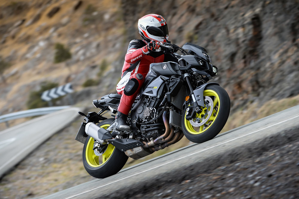 Yamaha MT-10 2016. Fotos