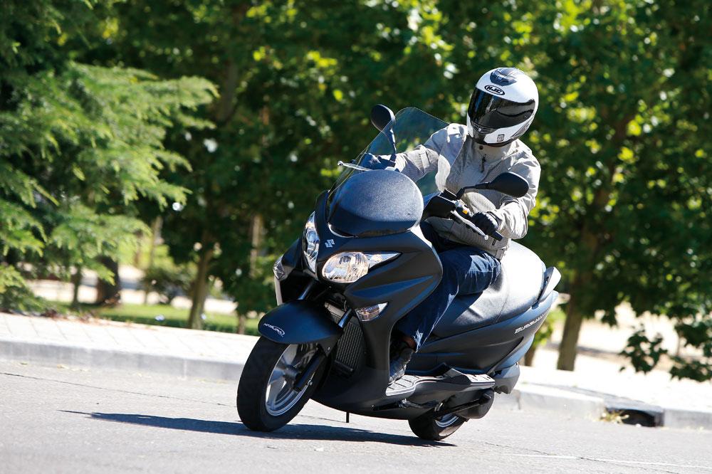 Suzuki Burgman 200: un mes con