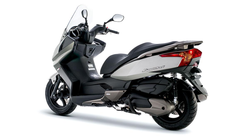 Fotos de los scooter 250/300/400 más vendidos