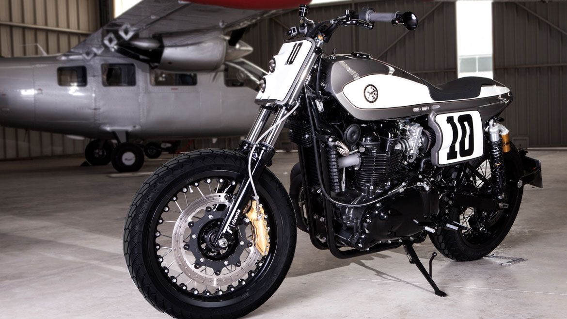 Triumph Bonneville, by Rocket Supreme