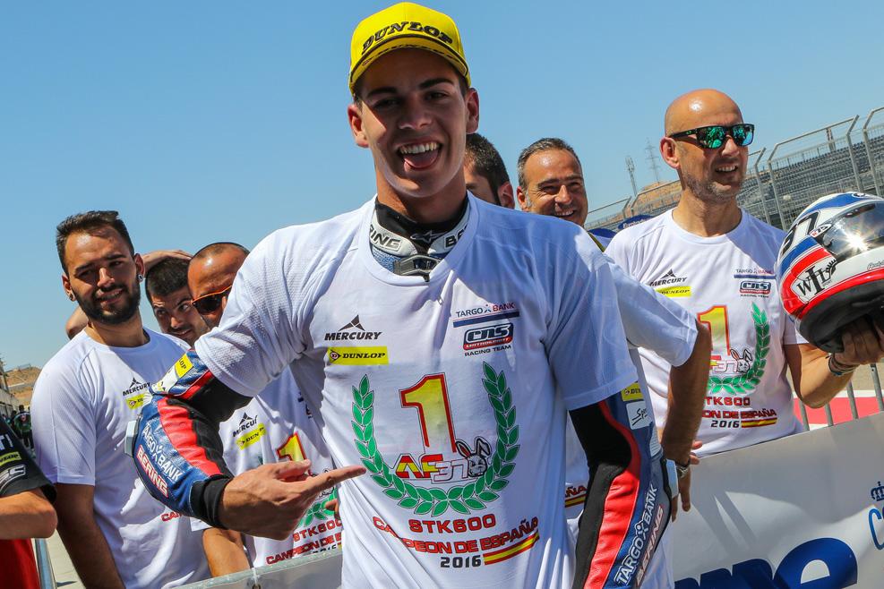 Augusto Fernández, campeón de España de SuperStock600