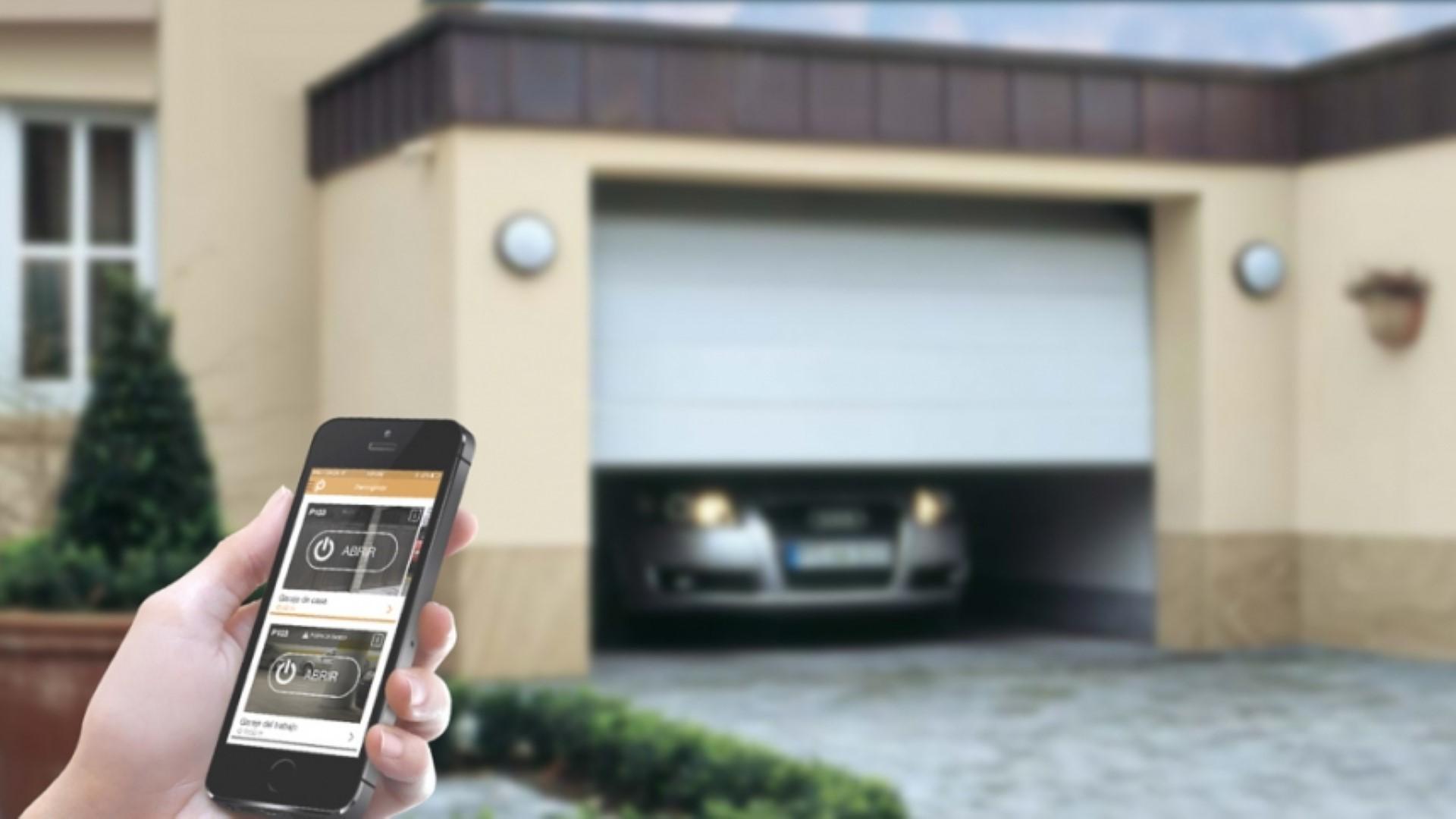 Abre la puerta del garaje con Parkingdoor