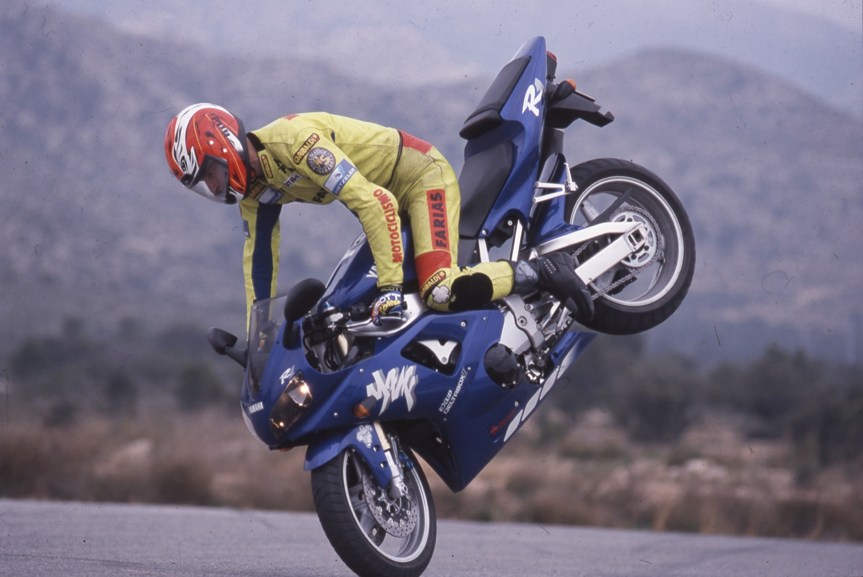 Fotos de la Retroprueba Yamaha YZF R1 de 1998