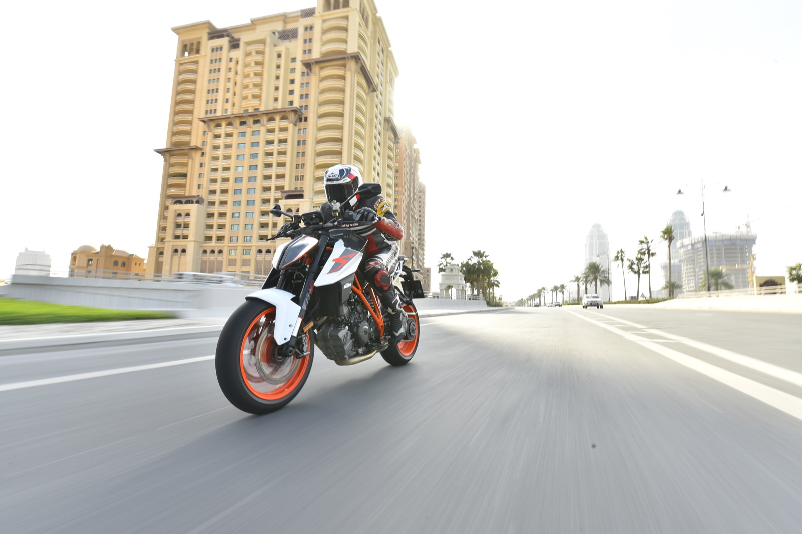 KTM 1290 Super Duke R 2017 fotos