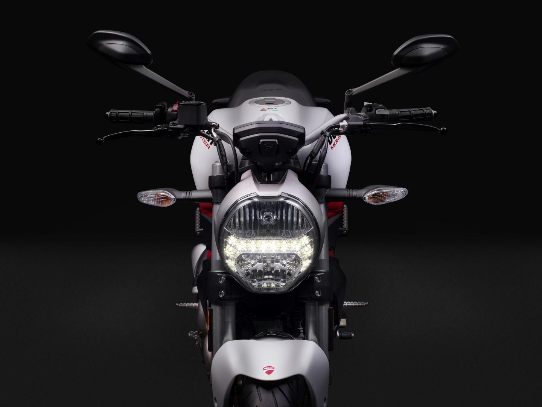 Ducati Monster 797 2017 fotos