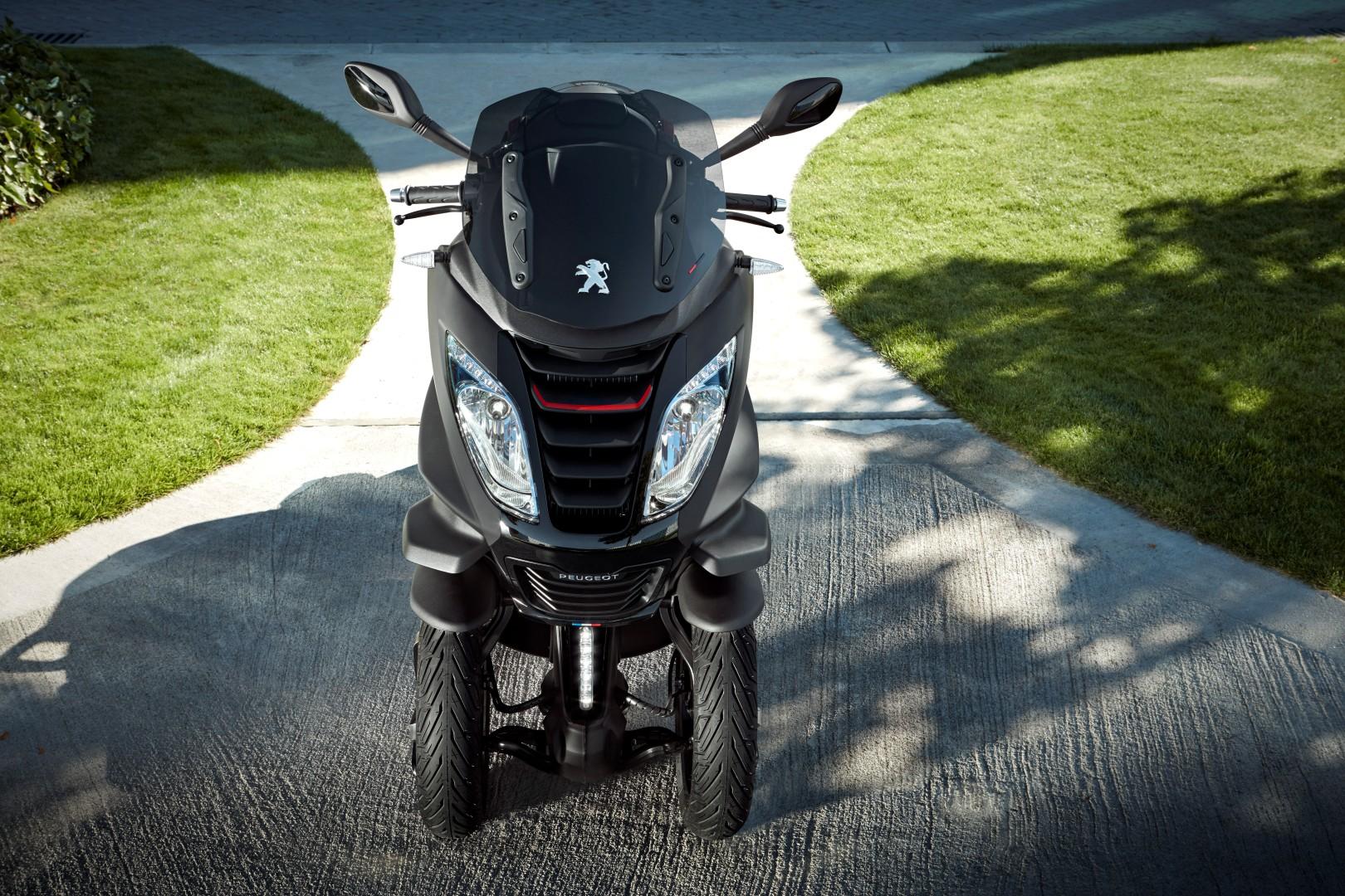 Peugeot Metropolis 400 fotos