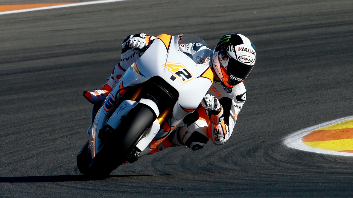 Andrea Iannone y Álex Rins con Suzuki