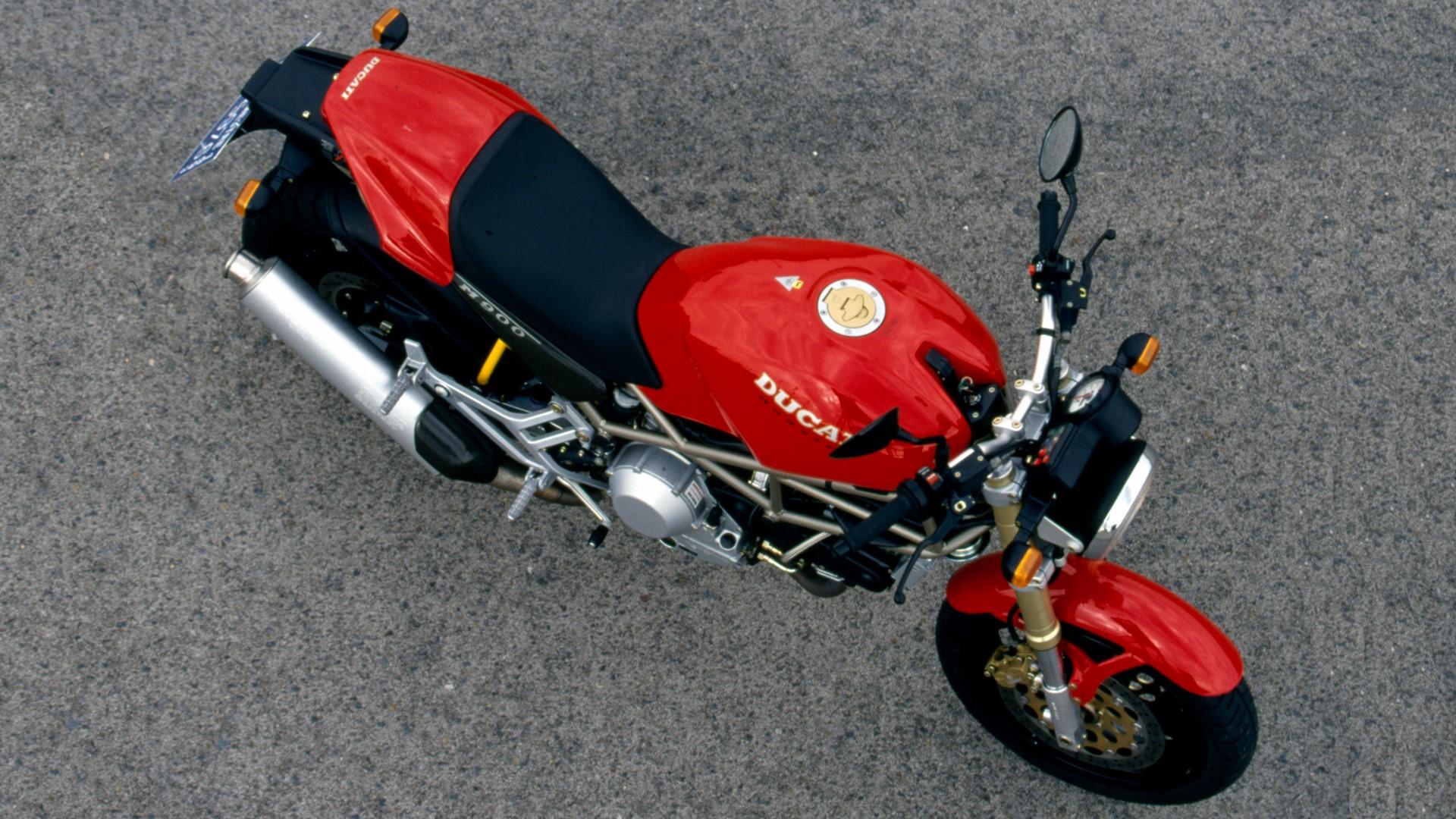 Retroprueba Ducati Monster 900 de 1993 fotos