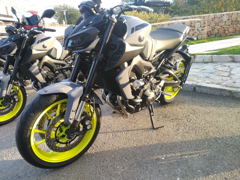 Yamaha MT-09-FOTOS