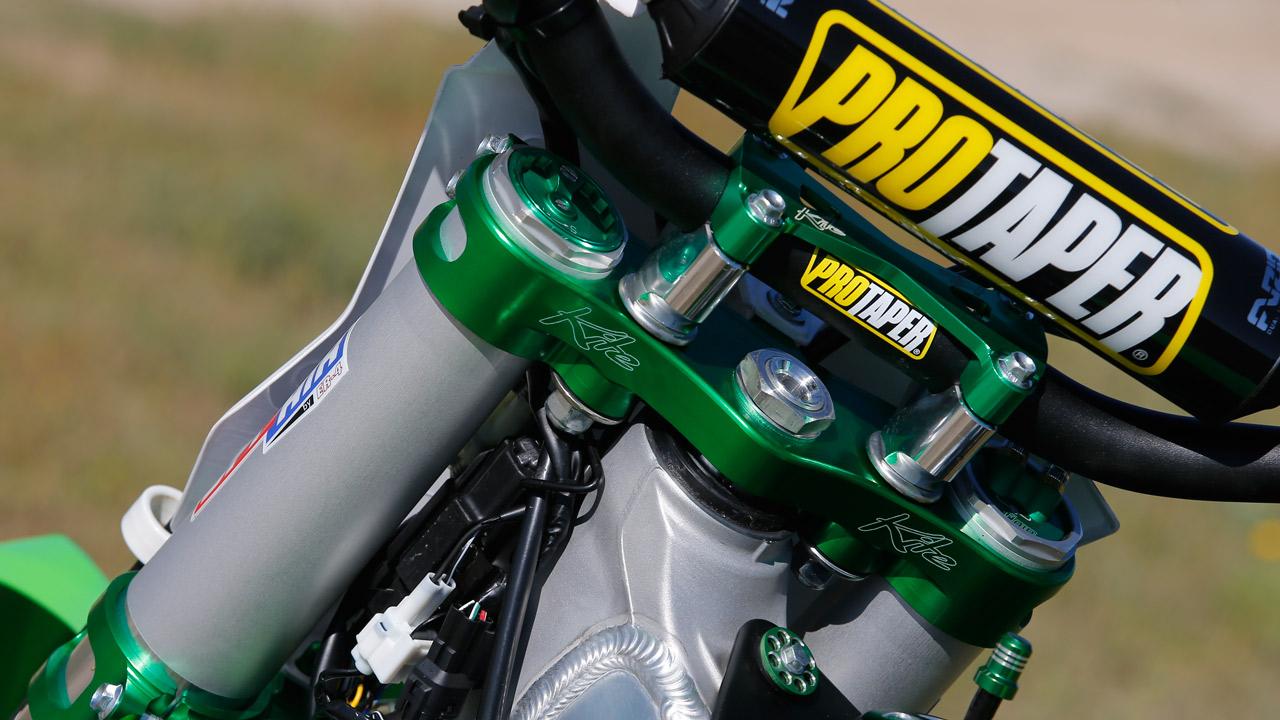 Fotos Kawasaki KXF 450 Mastercross