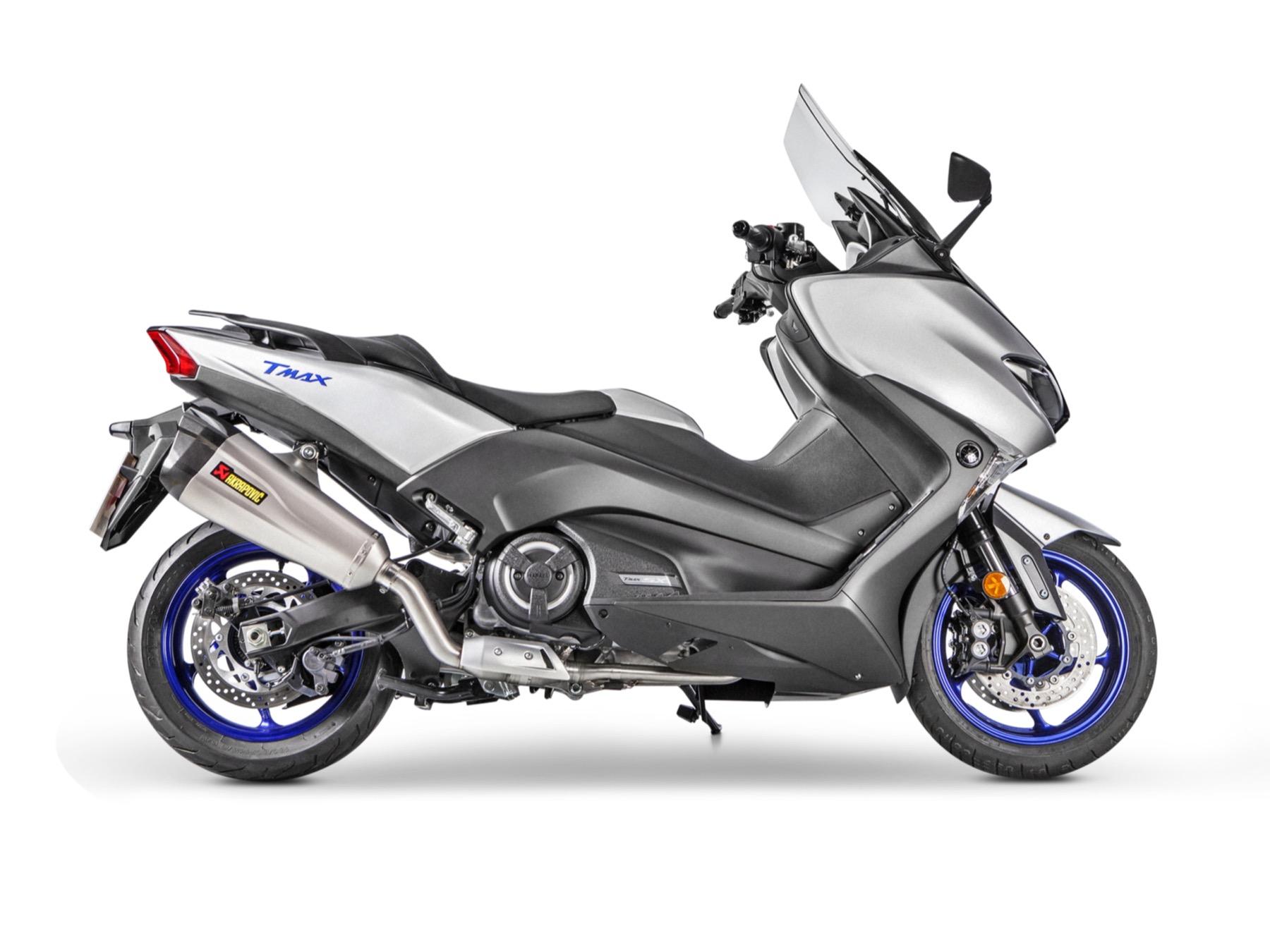Akrapovic para Yamaha TMAX 2017