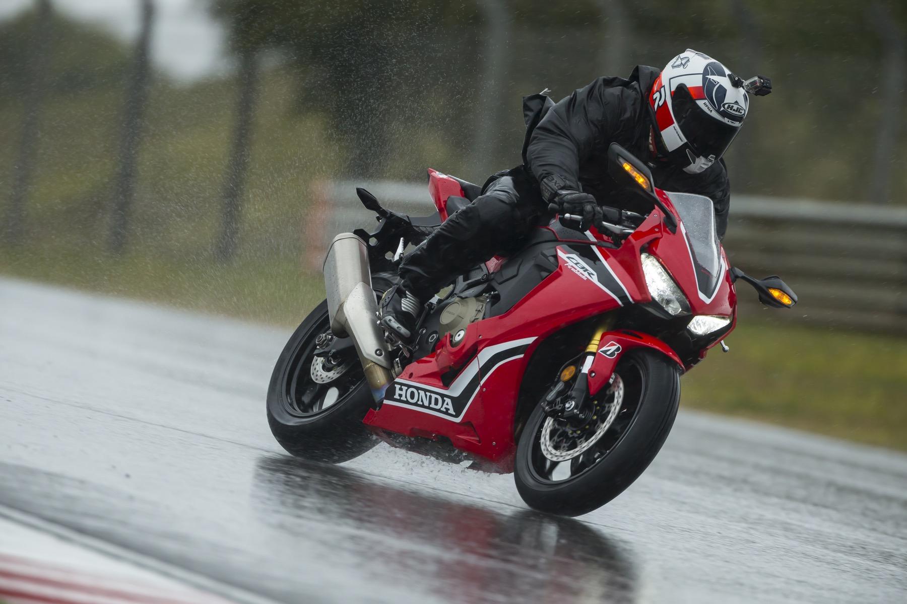 Honda CBR 1000 RR / SP 2017, prueba