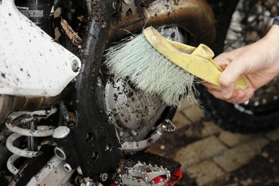 Cómo lavar tu moto off road
