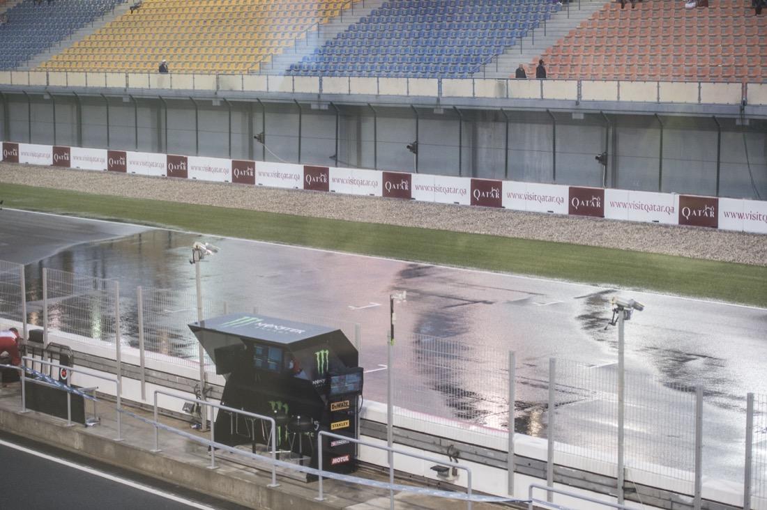 Aguacero en MotoGP Qatar 2017