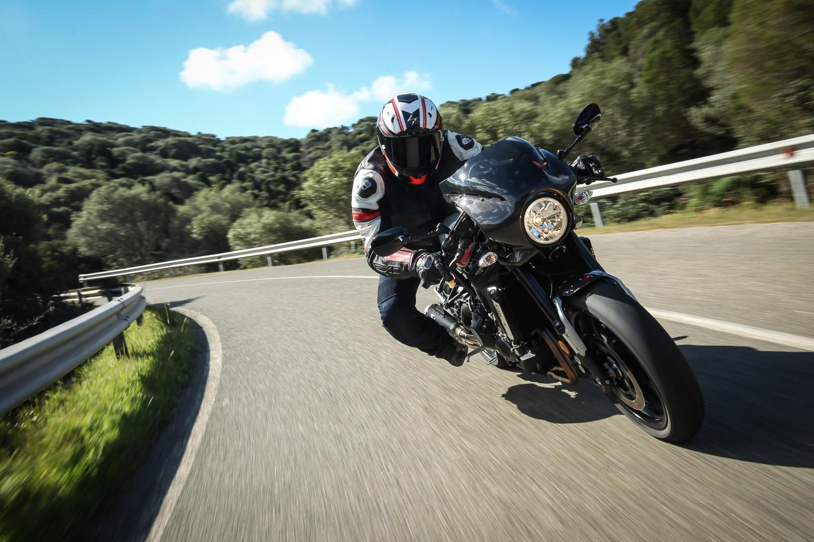 Yamaha XSR900 Abarth. Fotos