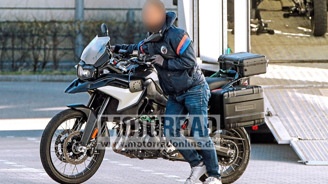 BMW F 900 GS, pillada la nueva trail
