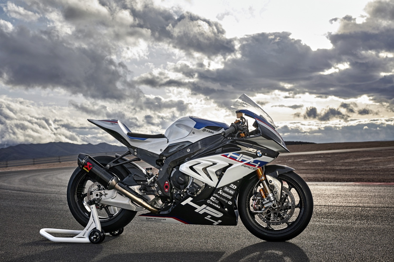 BMW HP4 Race 2017