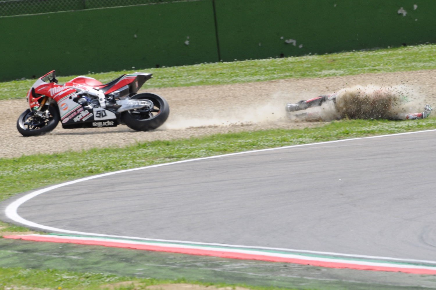 Accidente Eugene Laverty, SBK Imola