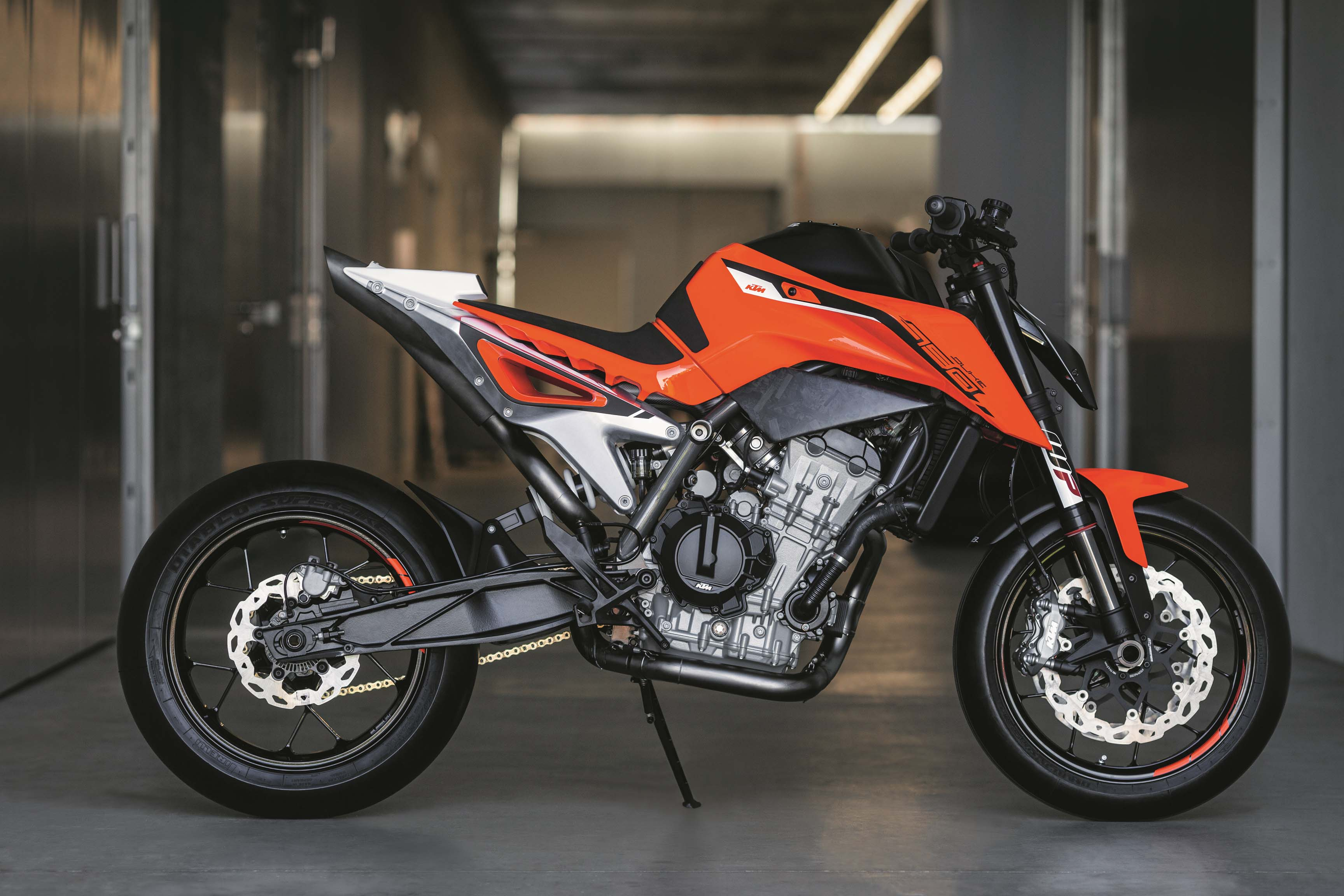KTM 790 Duke 2018 Fotos