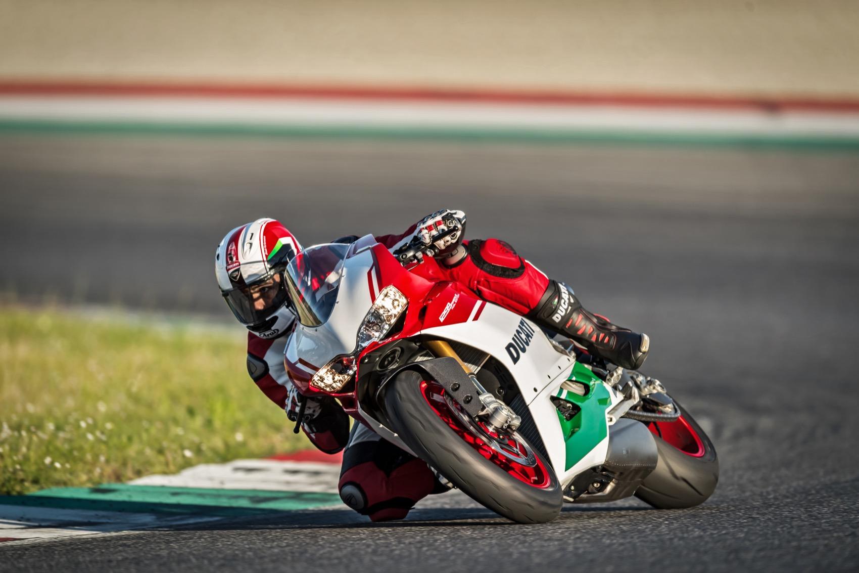 Ducati 1299 Panigale R Final Edition Acción
