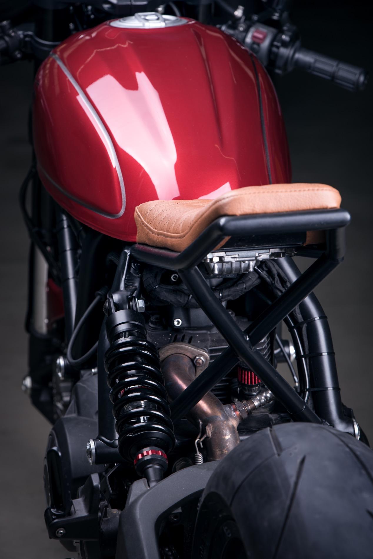 Ducati Sixty2 DA12