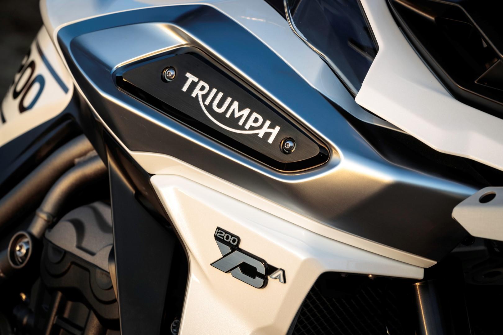 Triumph Tiger 1200 XCa 2018. Fotos