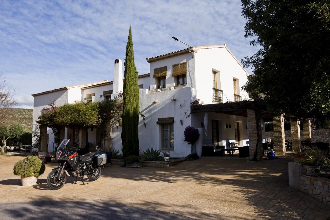 Ruta en moto por Sierra de Alfaro y Marinas con Ruralka