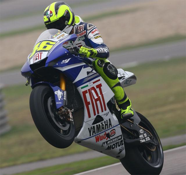 Stoner supera a Rossi