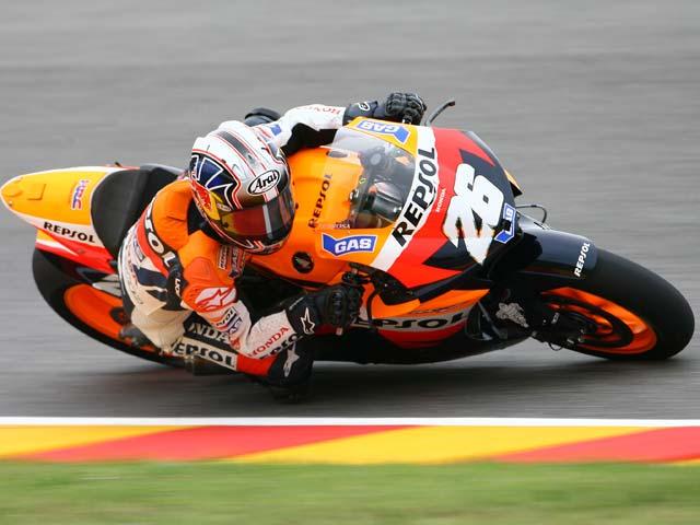 Rossi marca el tiempo