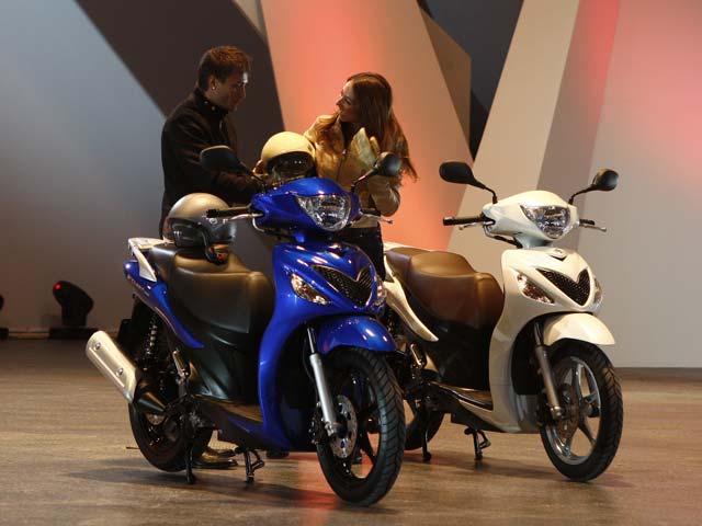 Suzuki presenta sus armas