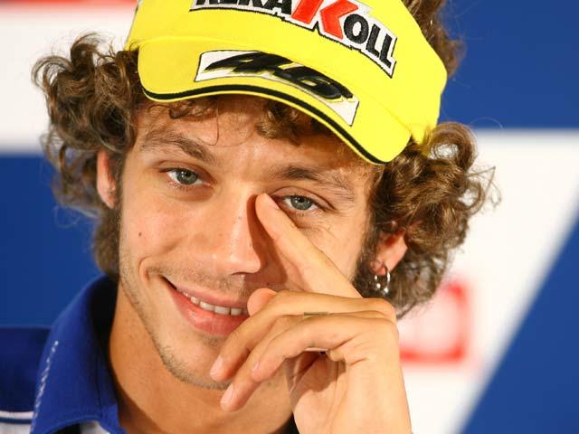 Stoner y Rossi, al límite