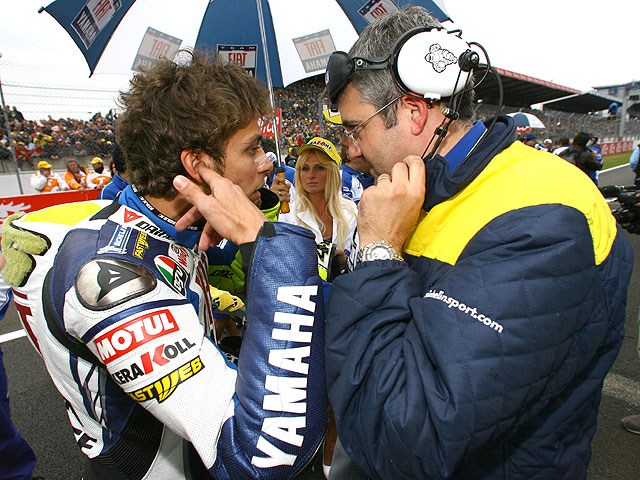 Yamaha correrá con Michelin en 2008