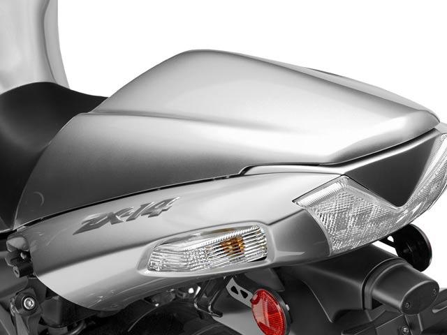 Anticipación: Kawasaki ZZR1400 en el Salón de París