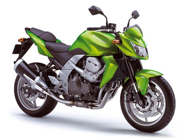 Kawasaki Z750 y Honda Scoopy 125 líderes de ventas