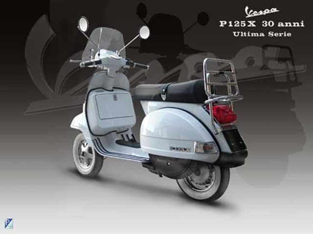 """Imagen de Galeria de Vespa P125X """"30 Anni"""", edición limitada"""