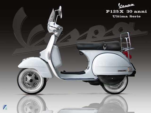 """Vespa P125X """"30 Anni"""", edición limitada"""