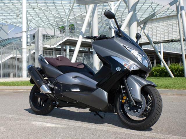 Desde la presentación de las Yamaha R6 y TMax 500 (2)