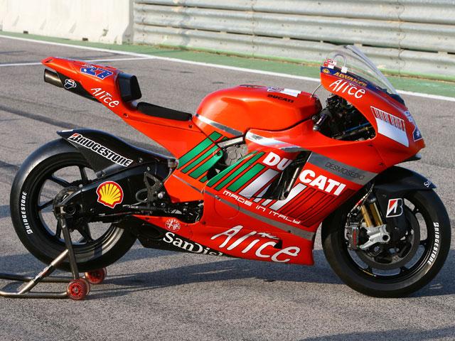 Crivillé prueba las MotoGP para Motociclismo