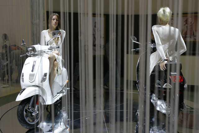 Las chicas del Salón de Milán