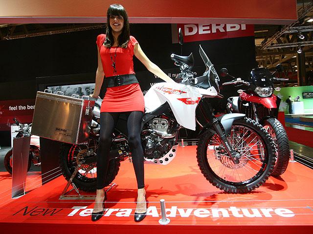 Los scooter y 125 del Salón de Milán