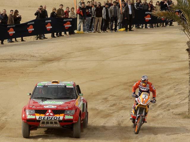 Presentación del equipo Repsol Dakar 2008