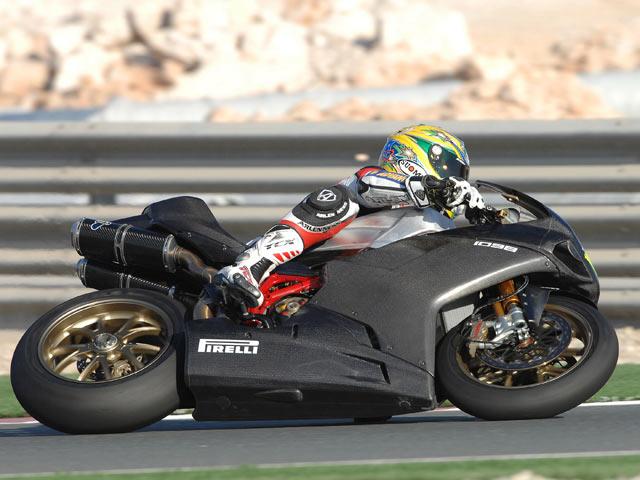 Fonsi Nieto, a un segundo de las Yamaha